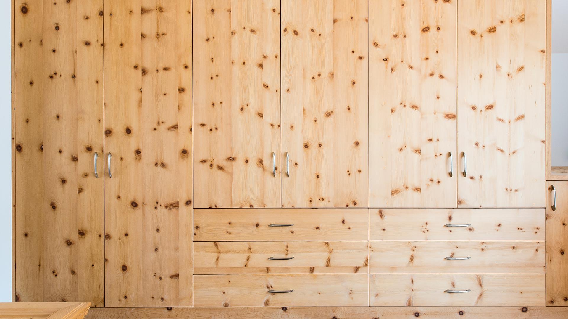 Camera Da Letto Usata In Pino : Camera da letto in pino u casamia idea di immagine